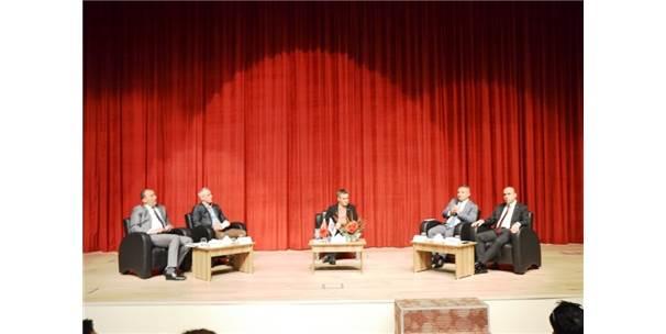 Biga'da 'Nasıl Bir Üniversite' Paneli